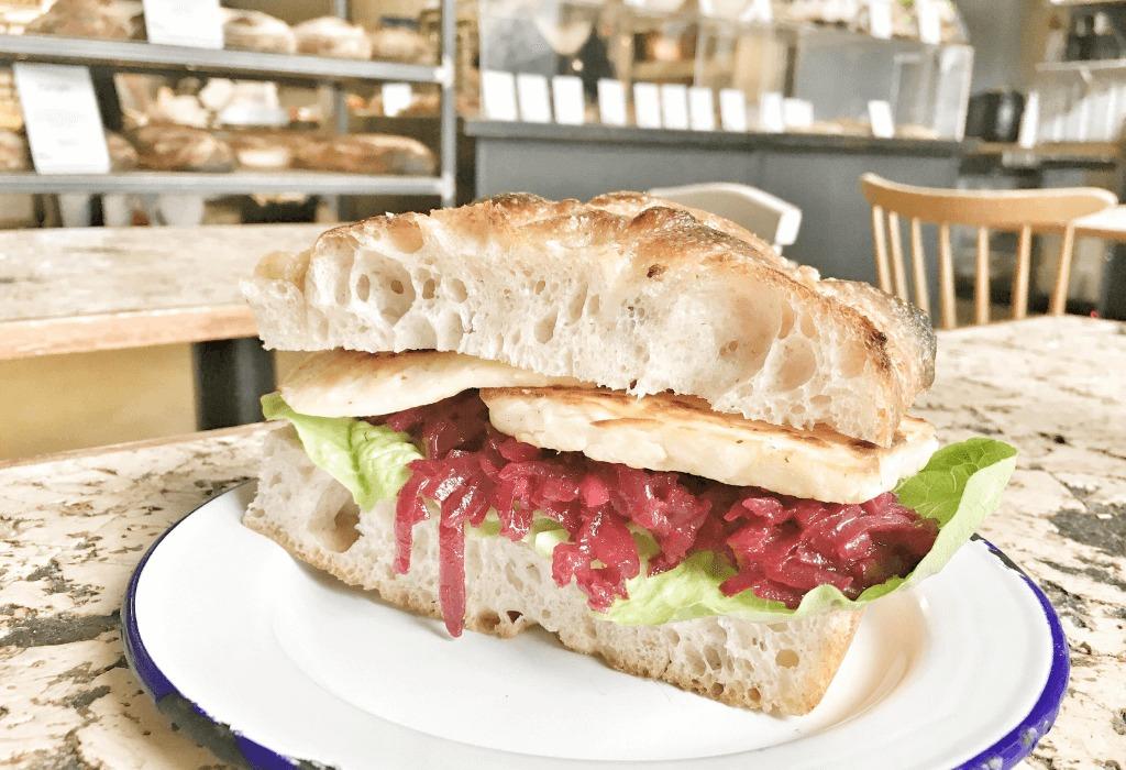 Sauerteig Sandwich von The Bread Station